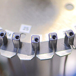 LHIoptical-medcal-device-manufacturing